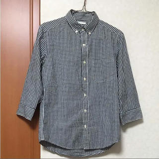 ジーユー(GU)のGUメンズシャツ Sサイズ 白x黒(シャツ)