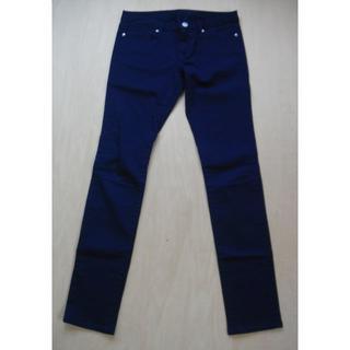 ジーユー(GU)の新品 スキニーパンツ 紺色 GU (デニム/ジーンズ)