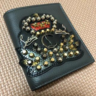クリスチャンルブタン(Christian Louboutin)の限界価格 ルブタン 二つ折り財布 正規品 未使用品 エンブレム(折り財布)
