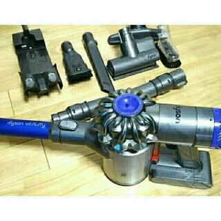 Dyson - ダイソン V6 fluffy 充電器付き