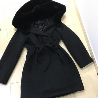ダチュラ(DaTuRa)の未使用に近い ブラックファーコート(毛皮/ファーコート)