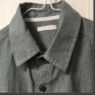 ジーユー(GU)のGUメンズシャツ Sサイズ(シャツ)