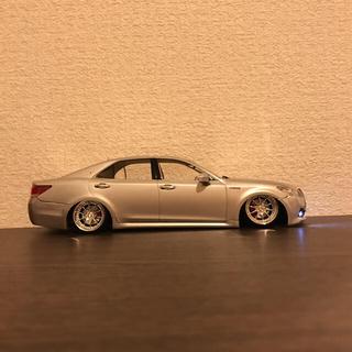 トヨタ(トヨタ)のクラウン  プラモデル  LED(模型/プラモデル)