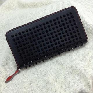 スタッズ 長財布 ブラック×レッド ¥5,980 商品説明 限定セール中(長財布)