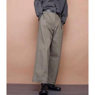 ジーユー(GU)のEMMA CLOTHES ワンタックワイドチノパンツ(チノパン)