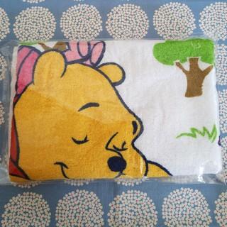 ディズニー(Disney)の新品 バスタオル くまのプーさん(タオル/バス用品)