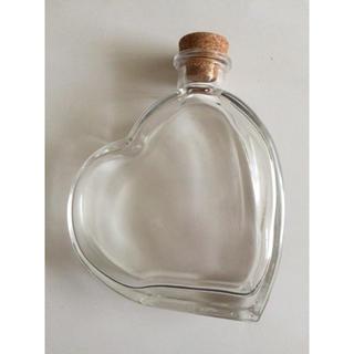ハート型ガラスボトル 2本(容器)
