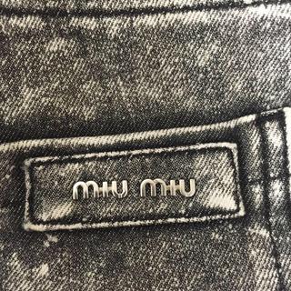 ミュウミュウ(miumiu)のMiumiu ジーンズ 正規品(デニム/ジーンズ)