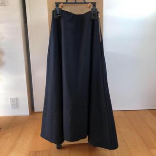 マディソンブルー(MADISONBLUE)の美品 マディソンブルー ウールミモレフレアスカート ネイビー(ロングスカート)