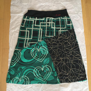 デシグアル(DESIGUAL)のデシグアル好きの方に カットソースカート(ひざ丈スカート)