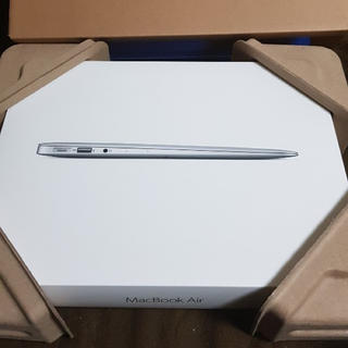 アップル(Apple)のMacbook air 13inch (ノートPC)
