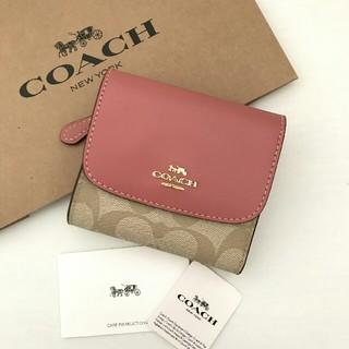 COACH - 【新品】COACH(コーチ)ピンク ピオニー シグネチャー 三つ折り財布