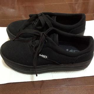 マッドフット(MAD FOOT)のMad foot 厚底シューズ(スニーカー)