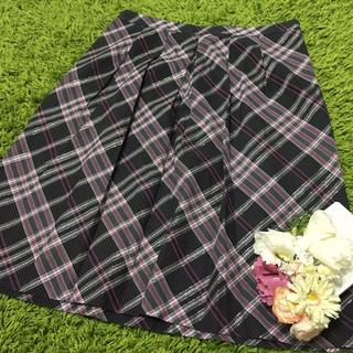 バーバリー(BURBERRY)のburberryバーバリー❤︎ 定番チェックフレアスカート(ひざ丈スカート)