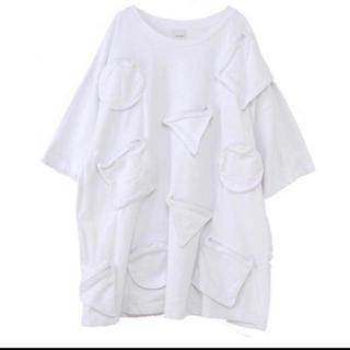 アイ(i)のikumi i ◯△□ポケットビッグTシャツ(Tシャツ(半袖/袖なし))