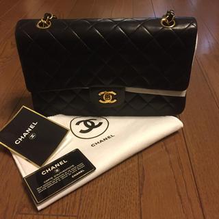 シャネル(CHANEL)のCHANEL シャネル マトラッセ ショルダーバック 黒 ブラック 本物 美品 (ショルダーバッグ)