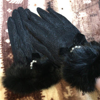 アクシーズファム(axes femme)のアクシーズファム 手袋 リボン+リアルファー(手袋)