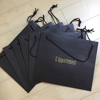 アパルトモンドゥーズィエムクラス(L'Appartement DEUXIEME CLASSE)のアパルトモン★ショッパー(ショップ袋)