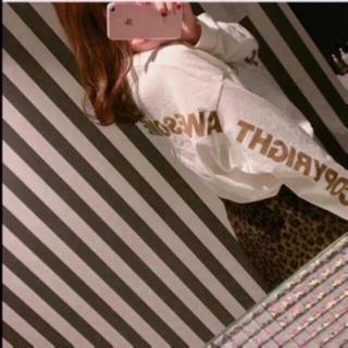 スナイデル(snidel)の❤️完売品❤️ スナイデル バックプリントロンT バックプリント 白 今季 ♡(Tシャツ(長袖/七分))