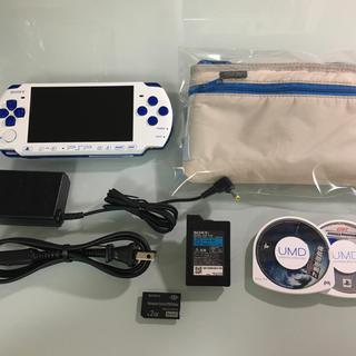 プレイステーションポータブル(PlayStation Portable)の美品 PSP-3000 ホワイト/ブルー(携帯用ゲーム本体)