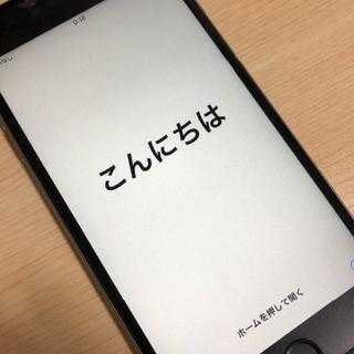 アップル(Apple)の【SIMロック解除済】iPhone6s plus 64Gスペースグレー(スマートフォン本体)