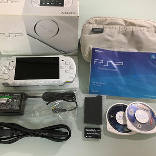 プレイステーションポータブル(PlayStation Portable)の極美品 PSP-3000 パールホワイト(携帯用ゲーム本体)