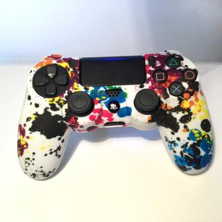 新品♦️SONY PS4コントローラー用カバー フリーク付き 赤迷彩(その他)