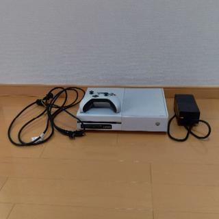 エックスボックス(Xbox)のXbox One本体(500GB)ホワイト(家庭用ゲーム本体)