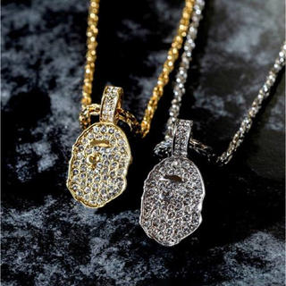 アベイシングエイプ(A BATHING APE)のBAPE RHINESTONE APE HEAD NECKLACE GOLD(ネックレス)