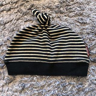 アカチャンホンポ(アカチャンホンポ)の美品 赤ちゃん本舗 42〜44センチ 帽子 ボーダー 男女兼用 ブラック(帽子)