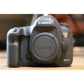 キヤノン(Canon)の5D EOS markIII(デジタル一眼)