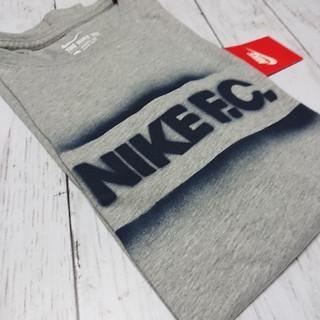 ナイキ(NIKE)の《新品タグ付》NIKE Tシャツ(Tシャツ/カットソー(半袖/袖なし))