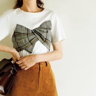 リボンTシャツ(Tシャツ(半袖/袖なし))