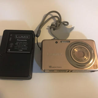 パナソニック(Panasonic)のPanasonic LUMIX DMC-FH7  (コンパクトデジタルカメラ)