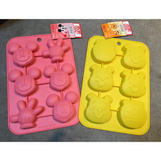 ディズニー(Disney)のシリコン プチケーキ型 ミッキー&プーさん(調理道具/製菓道具)