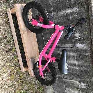 ハマー(HUMMER)のバランスバイク(キック自転車)(自転車)
