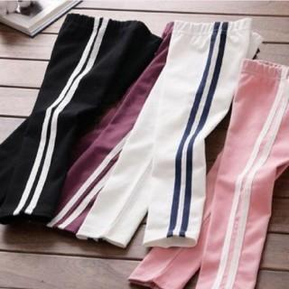 アディダス(adidas)のライン入りパンツ キッズベビー(パンツ/スパッツ)