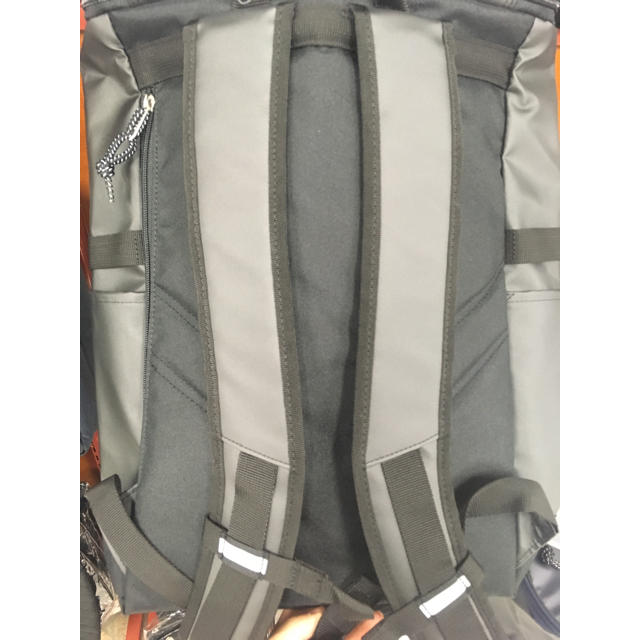 adidas(アディダス)の大容量 31L アディダス リュック  ブラックxホワイト メンズのバッグ(バッグパック/リュック)の商品写真