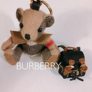 バーバリー(BURBERRY)のBURBERRY トーマスベア リュック キーフォルダー チャーム(チャーム)