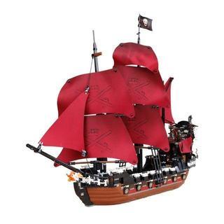 LEPIN社 1151ピース パイレーツオブカリビアン アン女王の復讐号 (模型/プラモデル)