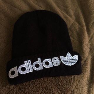 アディダス(adidas)のアディダス:新品ニット帽(ニット帽/ビーニー)