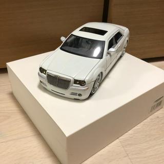 クライスラー(Chrysler)の1/24スケール クライスラー300C ミニカー(ミニカー)