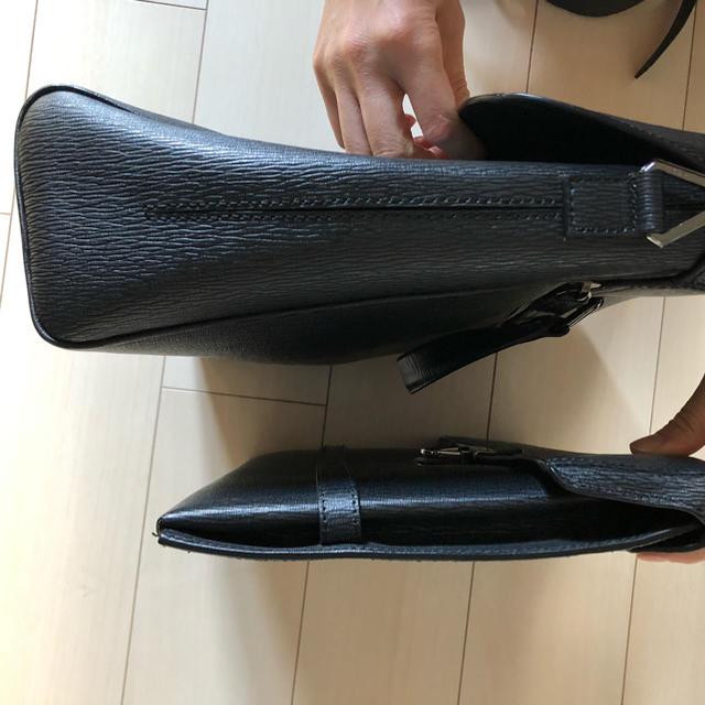 Salvatore Ferragamo(サルヴァトーレフェラガモ)のフェラガモショルダーバッグとクラッチバッグ2点セット メンズのバッグ(セカンドバッグ/クラッチバッグ)の商品写真