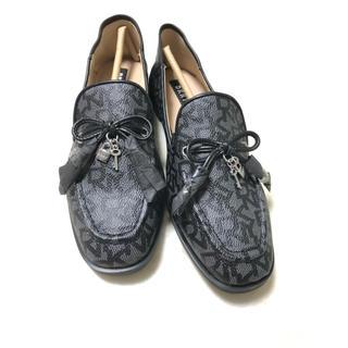 ダナキャラン(Donna Karan)のDKNY レディースシューズ(ローファー/革靴)