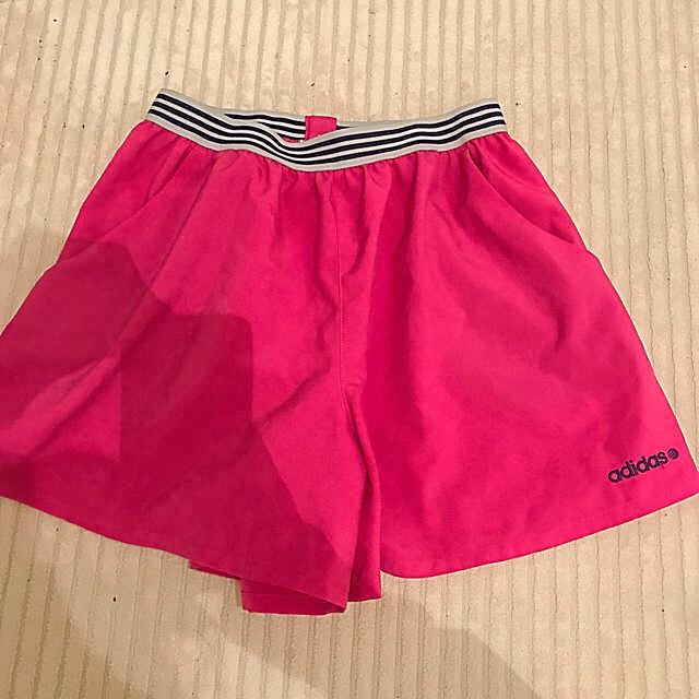 adidas(アディダス)の♡1度着用 美品♡アディダス ショートパンツ ピンク スポーツ/アウトドアのトレーニング/エクササイズ(その他)の商品写真