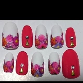 花柄 逆フレンチ ネイルチップ ピンク