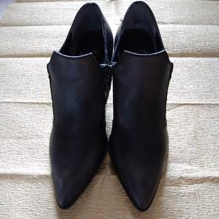 インディビジュアル(INDIVIDUAL)のブーツ(ブーツ)