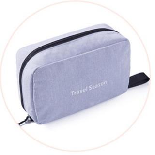 旅行に便利!フックでかけられる トラベルポーチ(旅行用品)