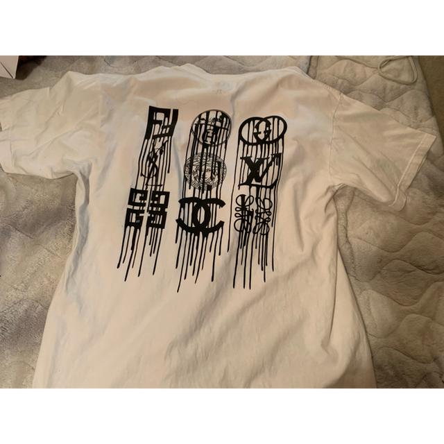 VERSACE(ヴェルサーチ)のFESC XLサイズTシャツ 3月6日(水)約30%OFF!!早い者勝ち メンズのトップス(Tシャツ/カットソー(半袖/袖なし))の商品写真