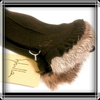 シビラ(Sybilla)の週末限定 新品 シビラ  カシミヤ混 ラビットファー 手袋 Sybilla ☆(手袋)